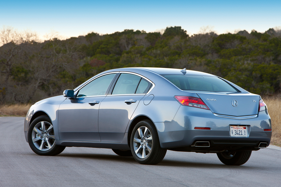 Acura TL Review Best Car Site For Women VroomGirls - Acura tl competitors