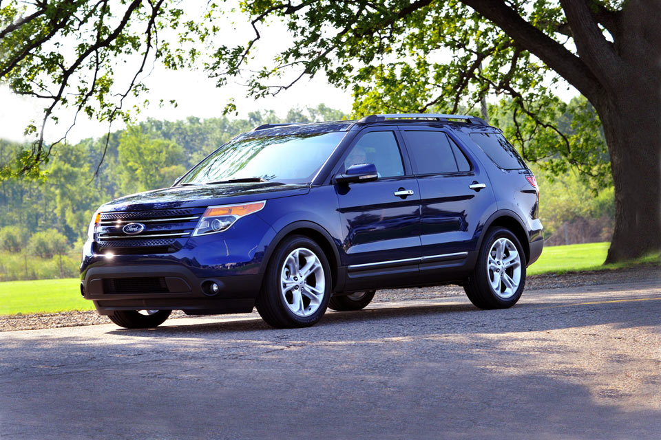 2015 ford explorer 2nd row captain autos post. Black Bedroom Furniture Sets. Home Design Ideas