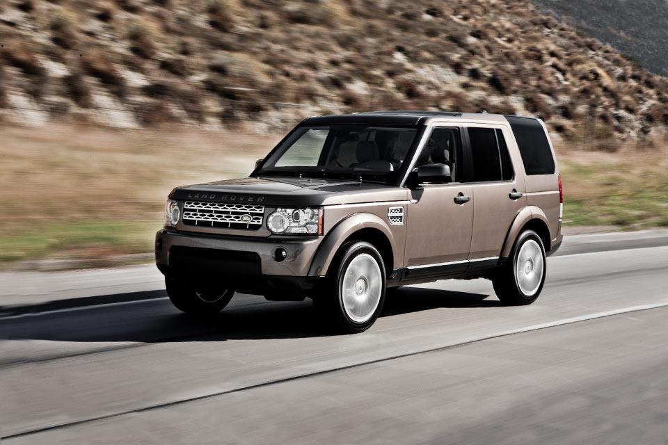 2011 land rover lr4 review best car site for women vroomgirls. Black Bedroom Furniture Sets. Home Design Ideas