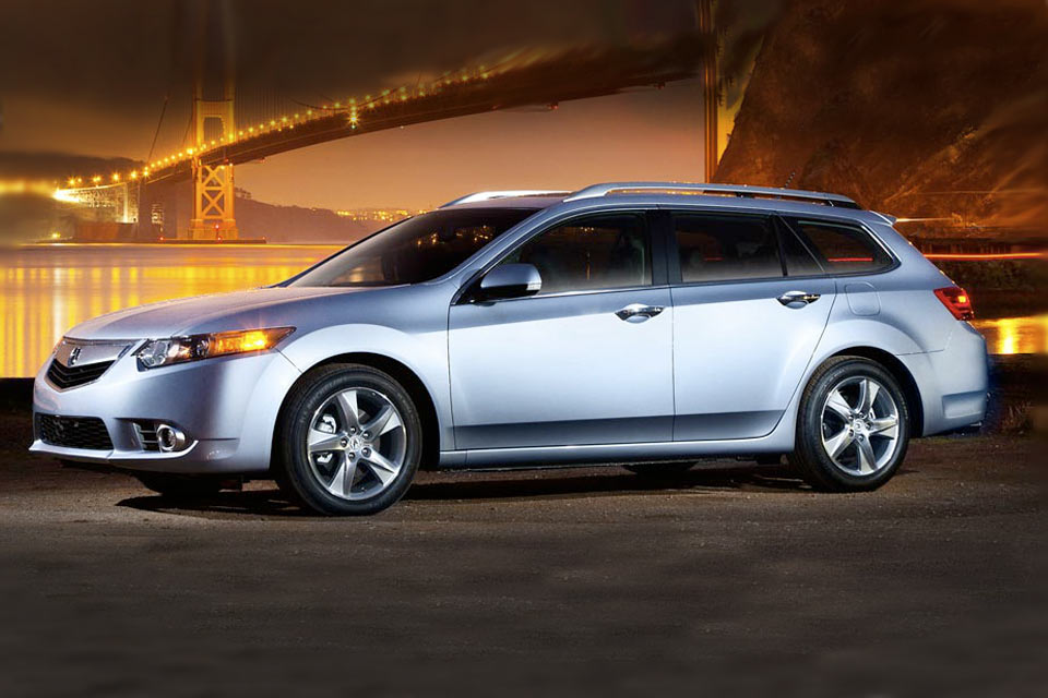 2013 acura tsx sport wagon review vroomgirls. Black Bedroom Furniture Sets. Home Design Ideas