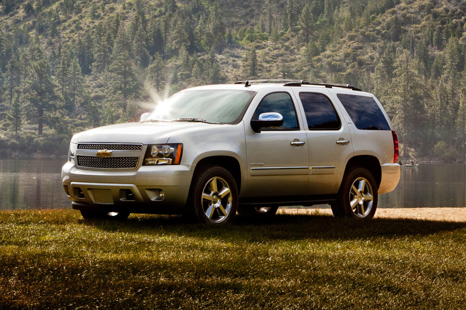 Chevrolet Tahoe Review Best Car Site For Women VroomGirls - 2013 chevy tahoe pics