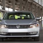 2012 Volkswagen Passat Front View