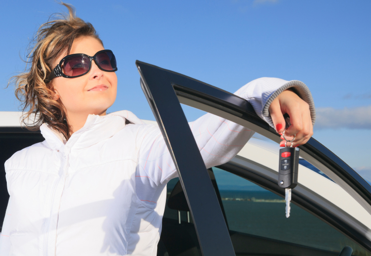Women Drivers Have an Advantage at Driving School - VroomGirls