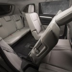 2014_Toyota_Highlander_LE Plus_11