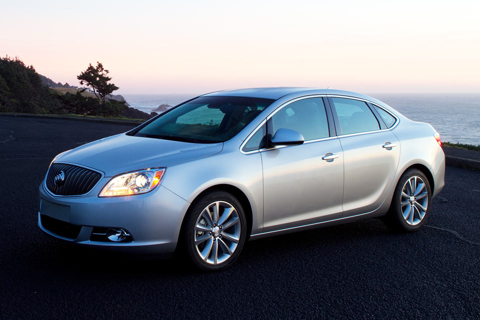 2014 buick verano review best car site for women vroomgirls. Black Bedroom Furniture Sets. Home Design Ideas