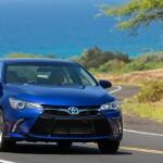 2015_Toyota_Camry_Hybrid_28
