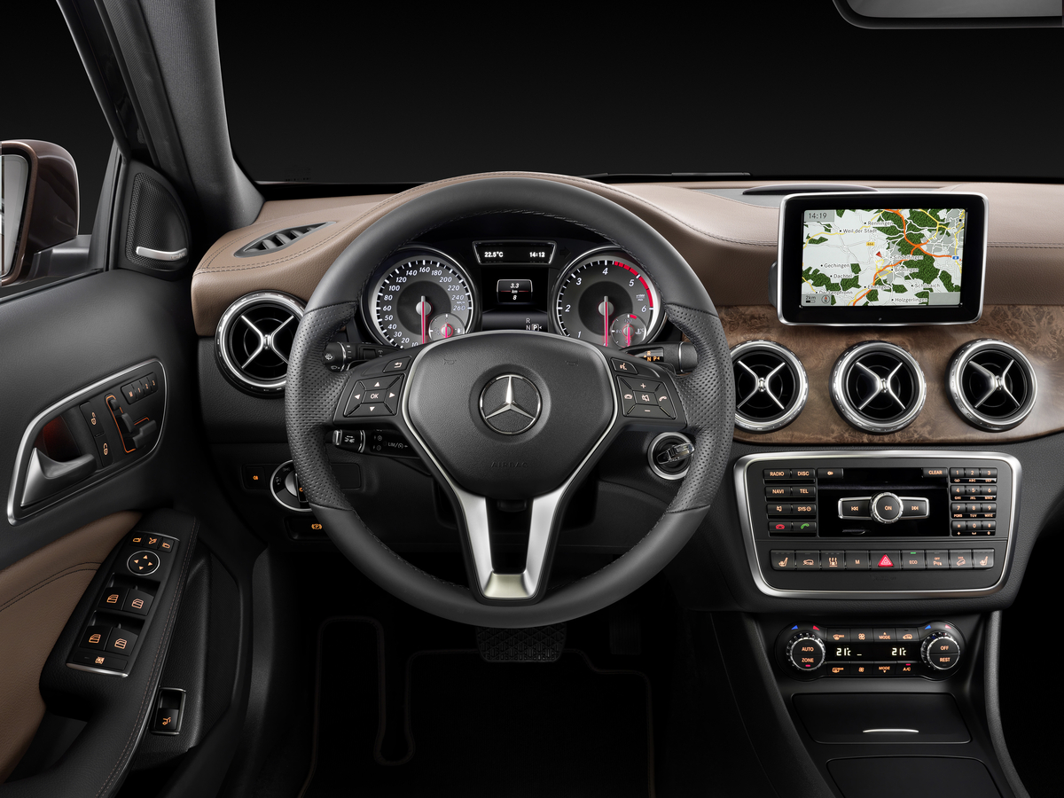 2015 mercedes-benz gla250 review | vroomgirls