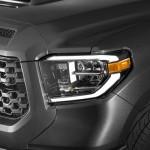 2018_Toyota_Tundra_TRD_Sport_headlight