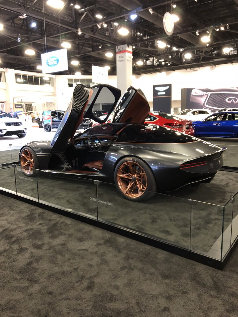 Miami Auto Show >> Tech And Whimsy At The 2018 Miami International Auto Show Vroomgirls